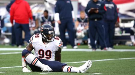 LaMarr Houston thought he was awesome when sacked a back-up quarterback with his team down by more than 20. Then, he tore something while celebrating. Nice going, dude. Go eat dirt.
