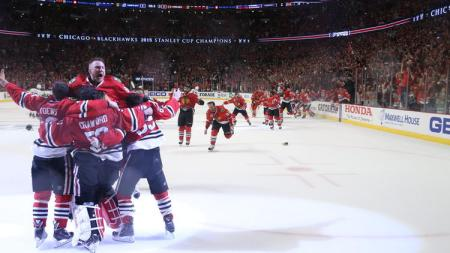 ct-stanley-cup-blackhawks-lightning-game-6-pho-071